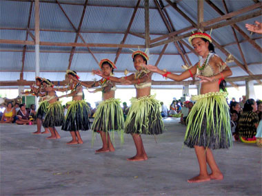Kiribati Christmas Dance